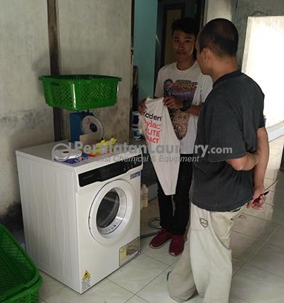 mengatasi komplain pelanggan laundry